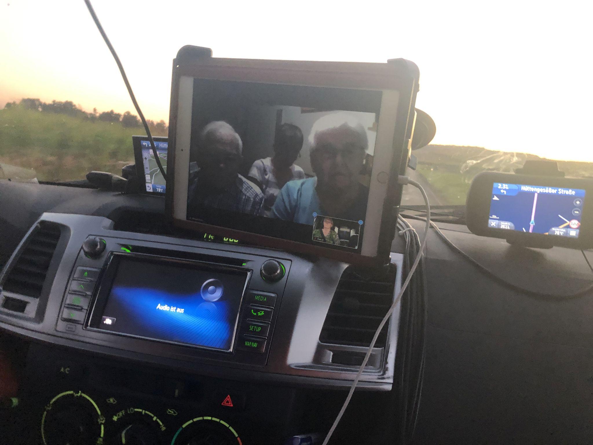 Bibelstunde auf der Autobahn