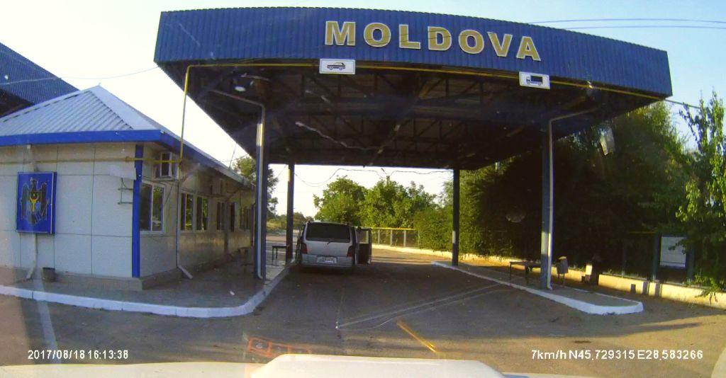 Rein in die Moldau